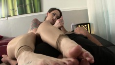Tattooed Ashton Pierce Works Magic With Her Feet On His Pecker