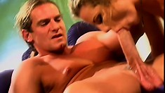 Hot blonde psychic services her muscular well-endowed customer
